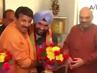 Delhi Congress Ex Chief Lovely Quits Party Joins Bjp-1 thumbnail
